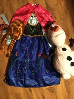 Anna costume dress 6-8 (seams on the lower 1/2 of dress torn) wig and Olaf
