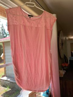 GUC mom and co large tie back pink maternity cap sleeve