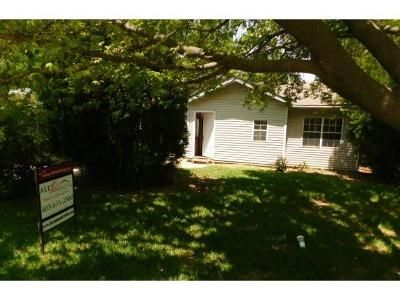 2 Bed 1 Bath Foreclosure Property in Oklahoma City, OK 73115 - SE 25th St