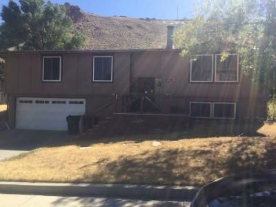 3 Bed 3 Bath Preforeclosure Property in Green River, WY 82935 - Easy St