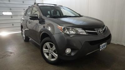2014 Toyota RAV4 XLE (MAGNETIC GRAY METALLIC)
