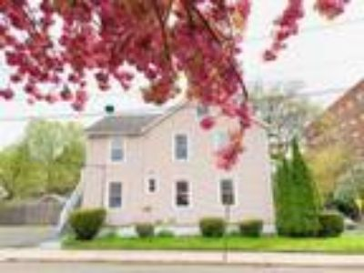 Three BR One BA In Stamford CT 06901