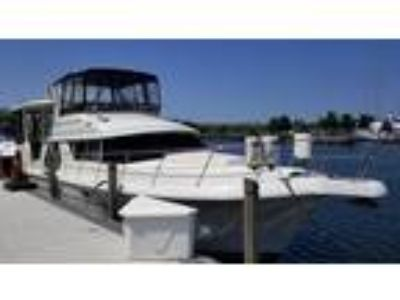1998 Carver 445 Aft Cabin Motor Yacht