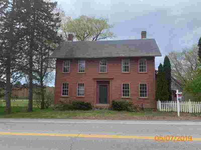 164 Exeter Road Newfields Three BR, Charming antique colonial