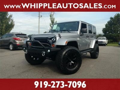 2013 Jeep Wrangler Unlimited Sahara (Billet Silver Metallic)