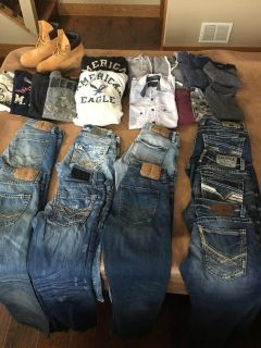 Buckle & American Eagle jeans and shirts