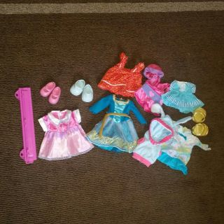 Doll clothes and shoes *for smaller dolls