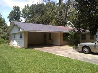 3 Bed 2 Bath Foreclosure Property in Jackson, MS 39212 - Branch St