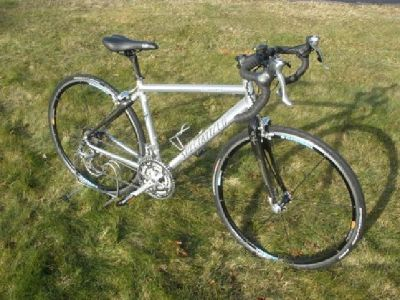 $750 Specialized Sequoia road/touring bike - 54.5 cm medium size