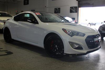 2015 Hyundai Genesis Coupe 2dr 3.8L Man R-Spec (Casablanca White)