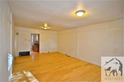 Stunning 1 Bedroom Downtown Unit