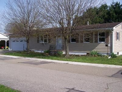 3 Bed 2 Bath Foreclosure Property in Sugar Grove, OH 43155 - E Third St