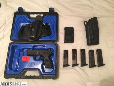 For Sale/Trade: FNX-40 W/ Accessories