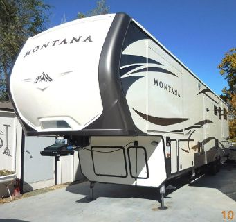 By Owner! 2016 40 ft. Keystone Montana w/5 slides