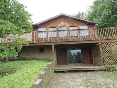 2 Bed 1.5 Bath Foreclosure Property in Connellsville, PA 15425 - Isabella Road Ext