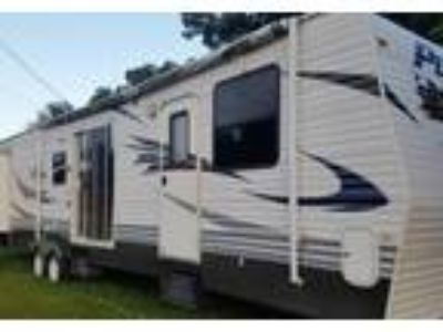 2010 Palomino RV Puma Travel Trailer in Dickinson, TX