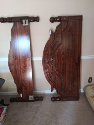 Queen headboard, footboard and frame