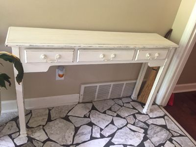 MUST GO BY FRIDAY 6/28! $80 White Distressed Sofa/Entryway table