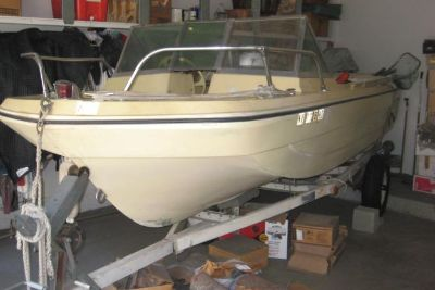 1968 Thunderhawk Tri-Hull with 65HP Mercury outboard