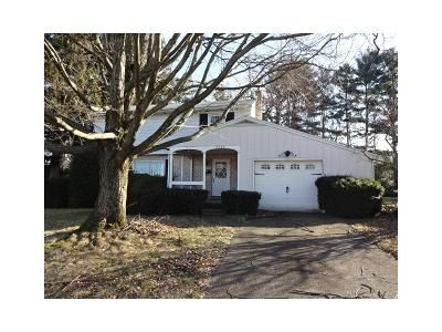 3 Bed 2 Bath Foreclosure Property in Bethlehem, PA 18017 - East Blvd