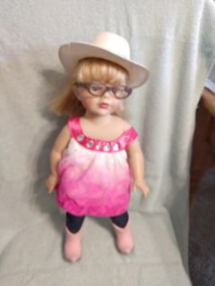 """$7 Alexander Doll 18"""" hat as is"""