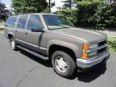 Used 1997 CHEVROLET SUBURBAN For Sale