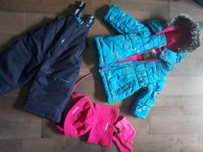 Snowsuit, jacket and tuque for girl (12 months)