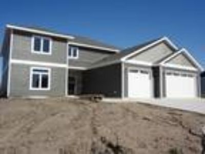 $418000 Five BR 4.00 BA, Spirit Lake
