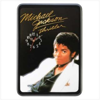 """Michael Jackson """" Thriller """" - Wall Clock - Battery Operated"""