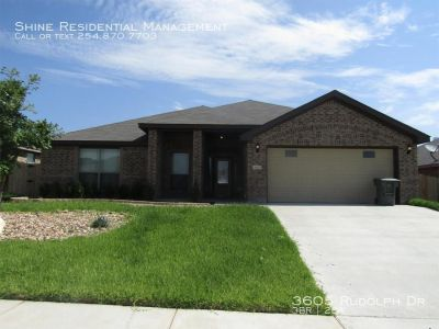 Single-family home Rental - 3605 Rudolph Dr