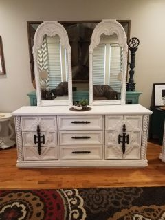 Dresser/Buffet with Mirrors