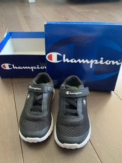 Toddler boy Champion Running shoes. Size 6 1/2