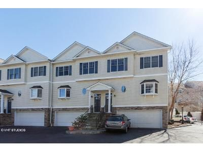 3 Bed 3.5 Bath Foreclosure Property in Danbury, CT 06811 - E Hayestown Rd