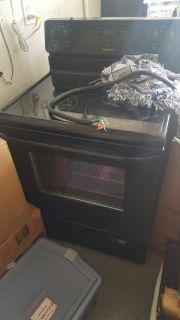 Black Frigidaire Kitchen Set