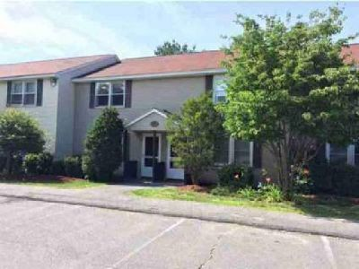 1025 S Mammoth Road 4 Manchester Two BR, Beautiful townhouse in