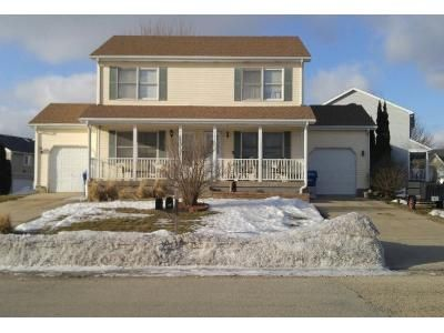 2 Bed Preforeclosure Property in Dekalb, IL 60115 - Moluf St
