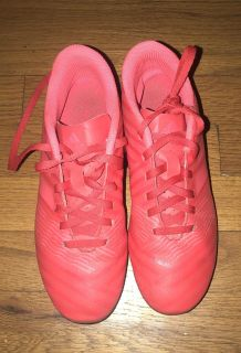 Girls size 4.5 soccer cleats
