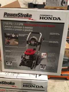POWERSTROKE 2700PSI 2.3GPM GAS POWERED PRESSURE WASHER