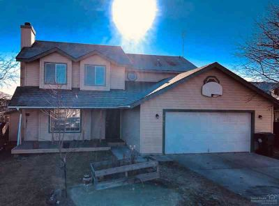 2002 NW Ivy Avenue Redmond, Lovely 2 story home on 's NW