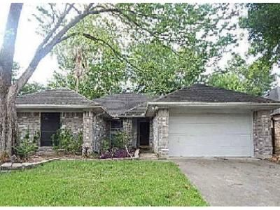 3 Bed 2 Bath Foreclosure Property in Friendswood, TX 77546 - Wynnview Dr