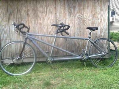 $925 Trek T1000 tandem bike - bicycle built for two