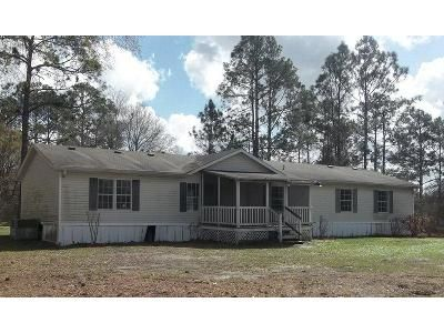 5 Bed 3 Bath Foreclosure Property in Waycross, GA 31503 - Smith Rd