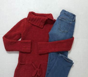 Girl Medium Red (Christmas) Soft Sweater with Old Navy adjustable waist skinny stretch jeans 8 Regular-(b102-p)