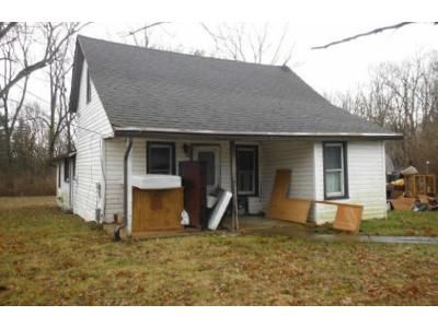 3 Bed 1 Bath Preforeclosure Property in Plain City, OH 43064 - State Route 736