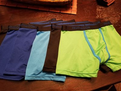 Fruit of the bloom boxers, size med, 6 pairs