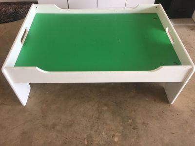 Train Table 33 x49