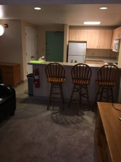 The Palmerston Apartment Sublet share 1 room w /2 sop girls