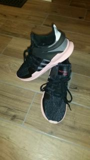 Women's Adidas athletic shoes size 10. Like new condition! See description and additional photos