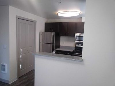 2 Bed 1 Bath 3rd Floor FULLY RENOVATED!