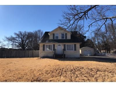 2 Bed Preforeclosure Property in Vineland, NJ 08361 - E Grant Ave
